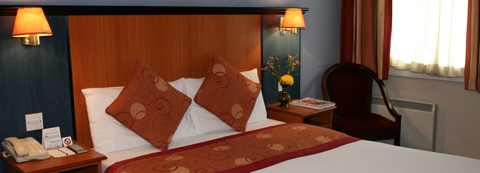 Stay at the Chatsworth Hotel from only £55.00 per nightTo book a room online click here