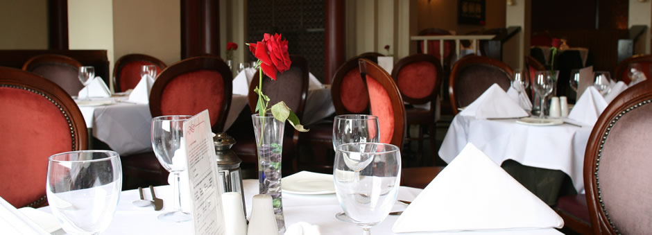 Enjoy Dinner at Jali Restaurant and Bar Book your reservation online now!